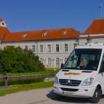 Watzinger Sprinter vor Schloss Nymphenburg
